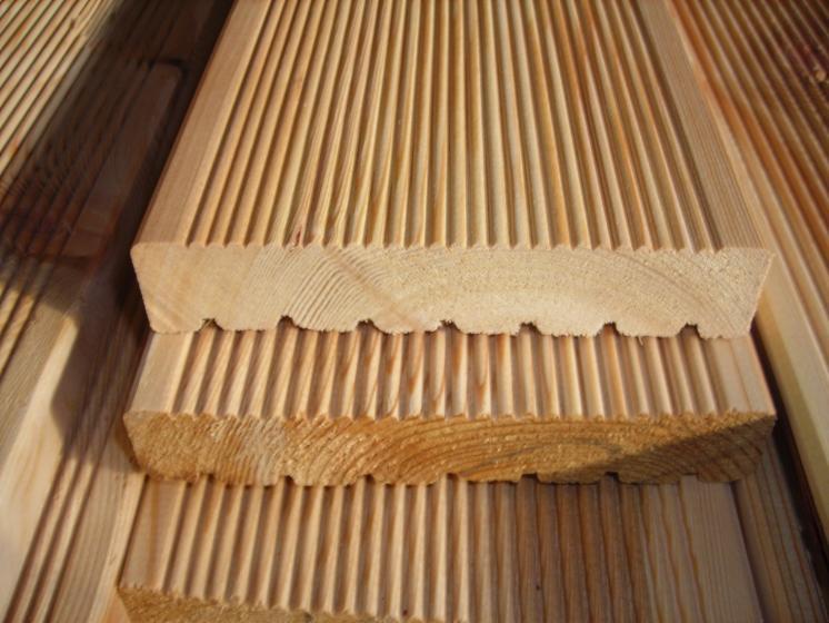 Sibirische Lärche Holz Dielen für die Terrasse, AB Sortierung, 6,40 €/lfm, fein gerillt, 40 x 142 bis 6000 mm, Terrassendielen Bretter