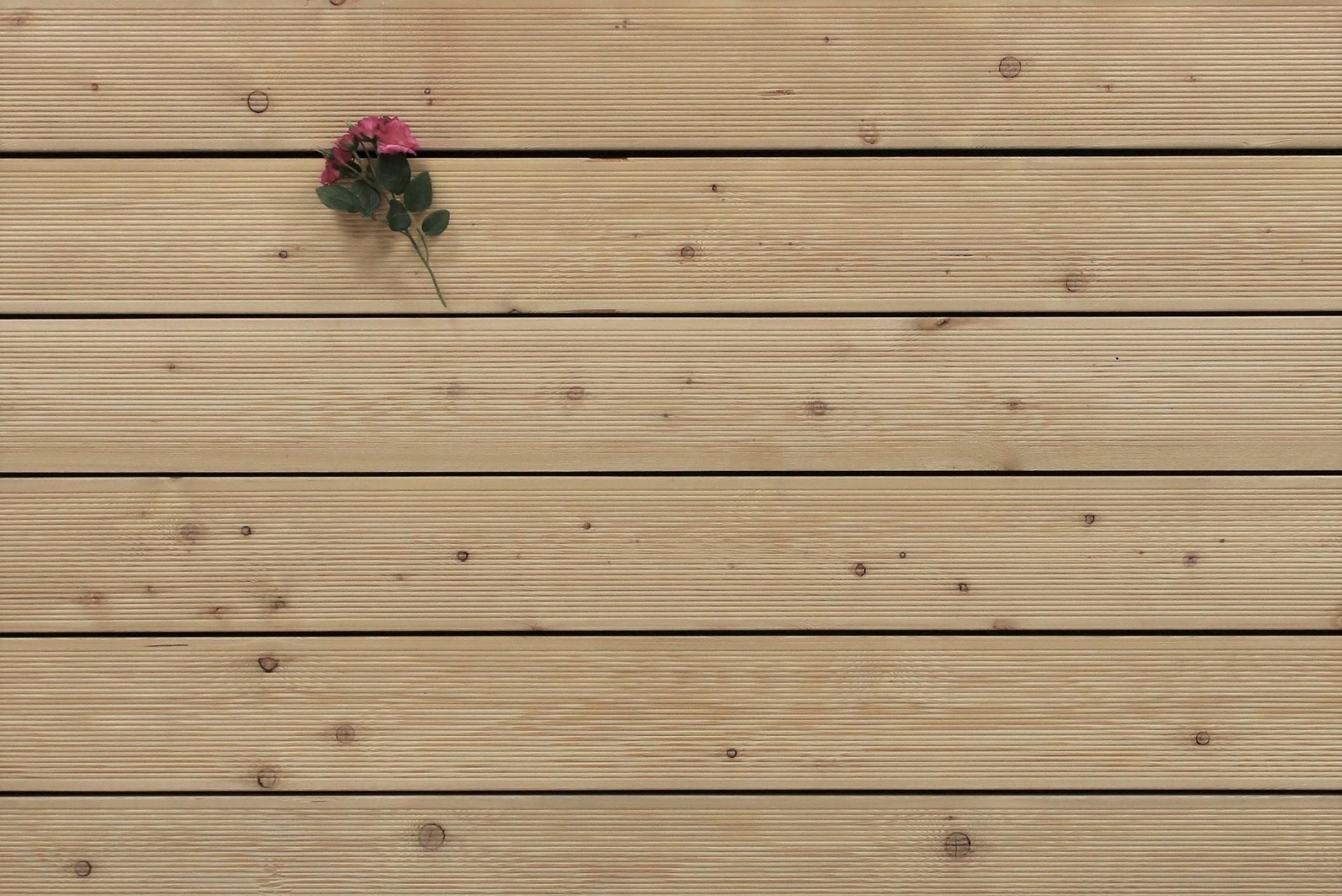 Sibirische Lärche Holz Dielen für die Terrasse, 5,90 €/lfm, fein gerillt, 27 x 143 bis 6000 mm, Terrassendielen Bretter